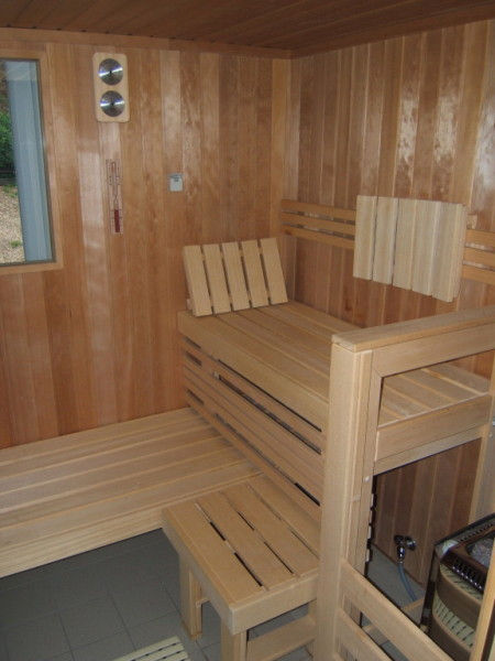wellness f r zuhause sauna referenzen. Black Bedroom Furniture Sets. Home Design Ideas